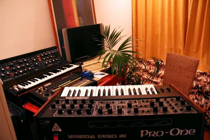 Amiga 1200, Moog Minimoog, SCI Pro-One & TR-808