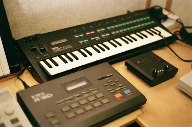 Yamaha DX-100, Kawai R-50 and ART Tube Amp
