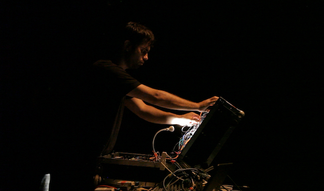 Dominic Butler performing live at Tate Modern