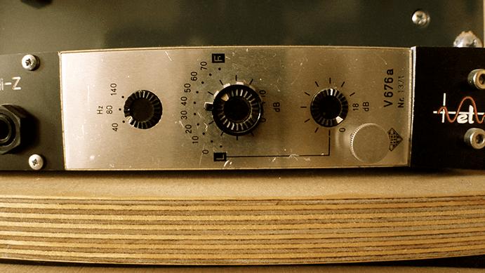 Telefunken V676