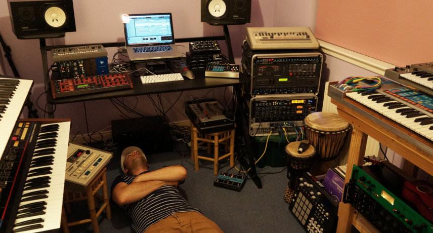 My Studio –Debukas
