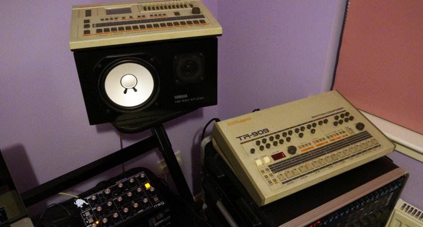 Roland TR-707 & TR-909
