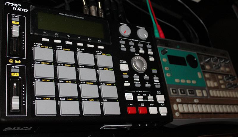 Akai MPC1000 & Korg Electribe ES-1
