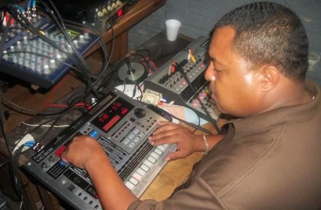 Big Strick on the much-derided Roland MC-808