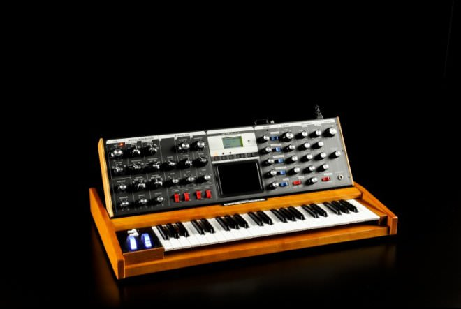 Moog Voyager - Analogue Mono Synth