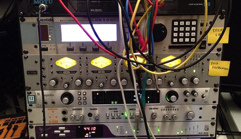 Left Desk Rack