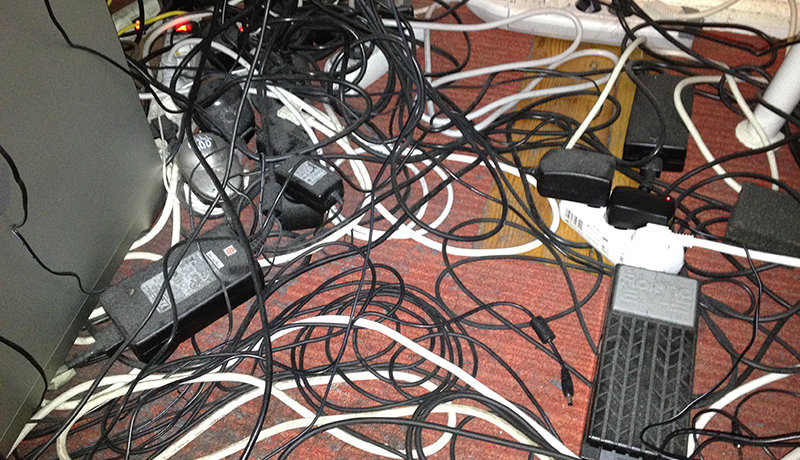 Floor cables