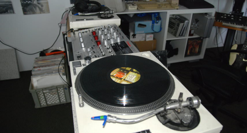 Technics Decks & Vestax PMC-CX Rotary Mixer