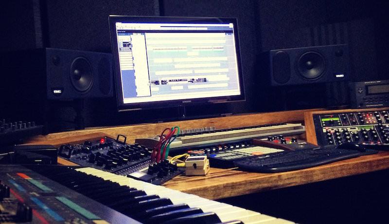 Shlomi Aber - My Studio