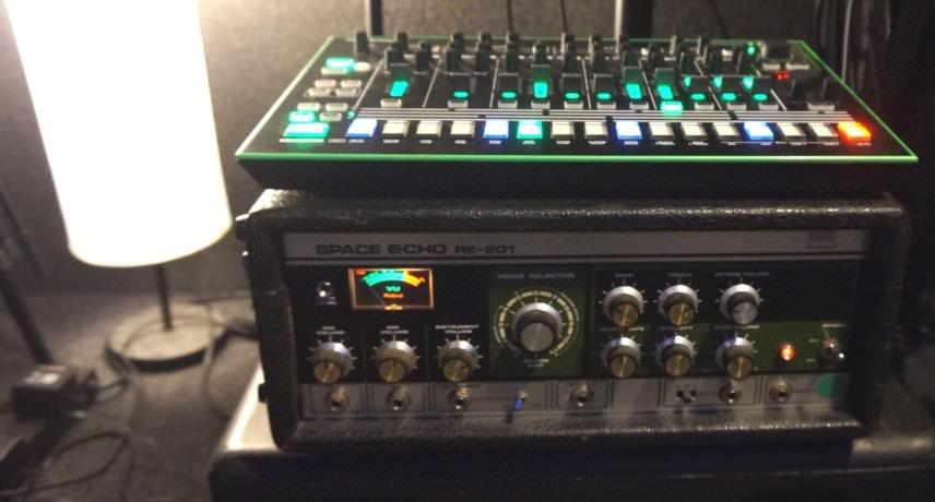 Roland TR-8 vs RE-201