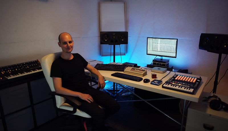 Joran Van Pol's Studio