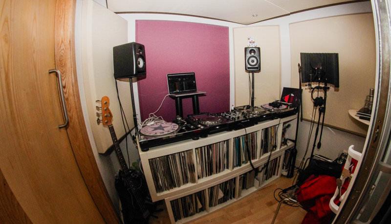 jansons mix room