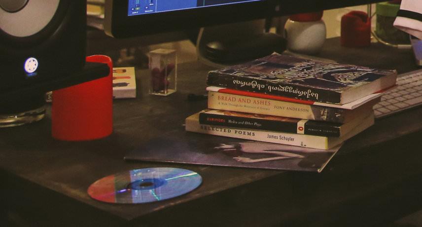 Books - NicolòBernardi-SophiaSaze-54