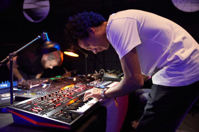 Esa performing at Ableton's Loop in LA, November 2018