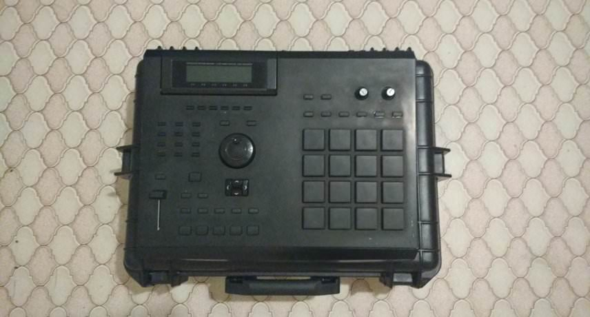 Akai MPC2000XL - Customised