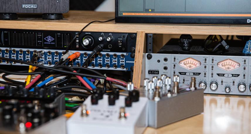 Preamp, Soundcard & Patchbay